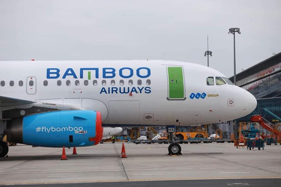 Máy bay Bamboo tại Nội bài sáng ngày 17/12