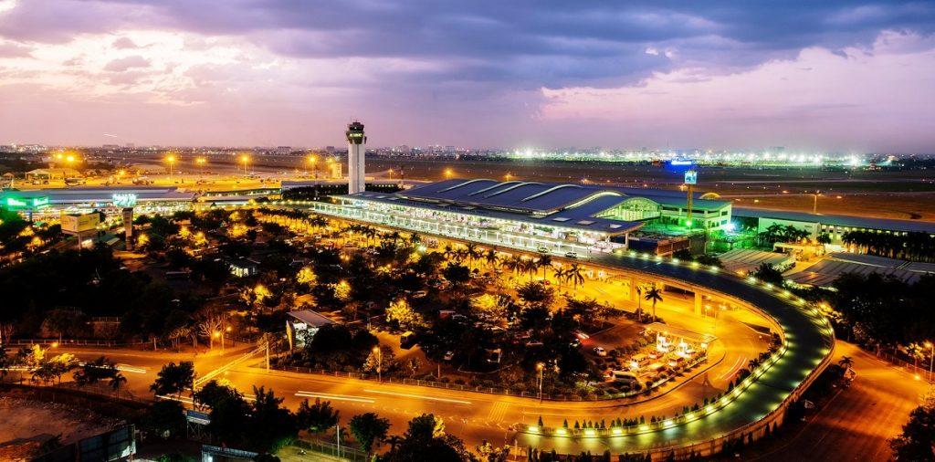 Sân bay Nội Bài về đêm